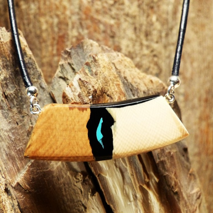 kleines Bogen-Collier mit Türkis