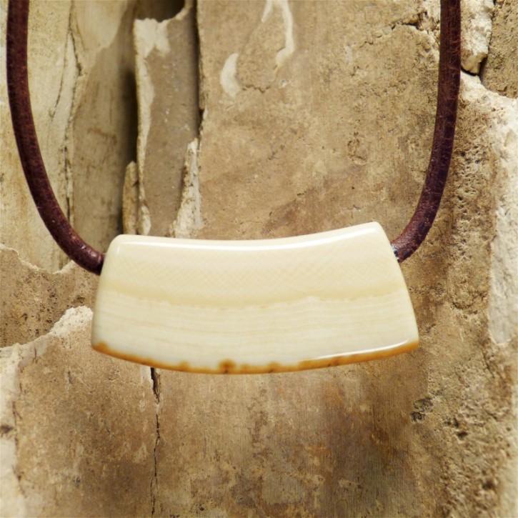 Bogenstück mit toller Rindenfärbung am Lederband