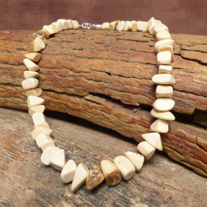 Mammutkette aus Dreiecken