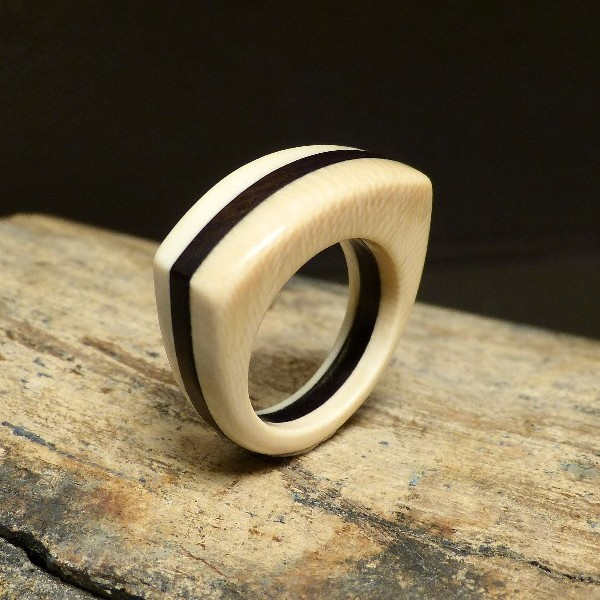 Mammut-Ring mit Ebenholz W19-19,5