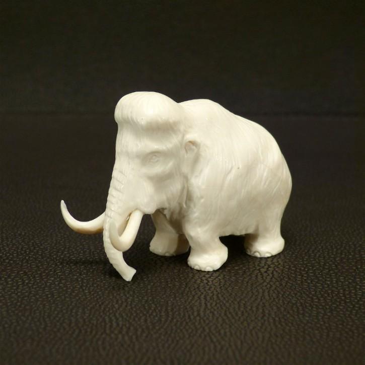 Mammut-Figur aus hellem Mammut-Elfenbein