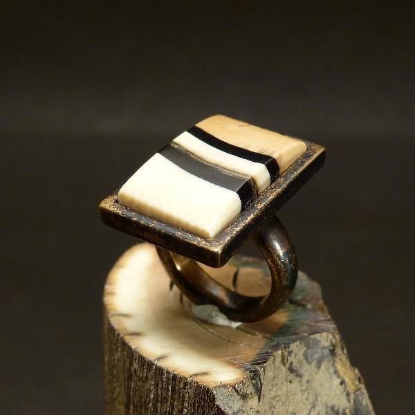Bronze-Ring antik mit Mammut