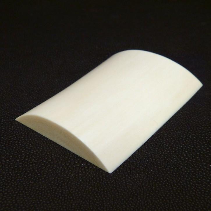 Platte mit gewölbter Oberfläche ca. 76-83 x 57 x 11mm