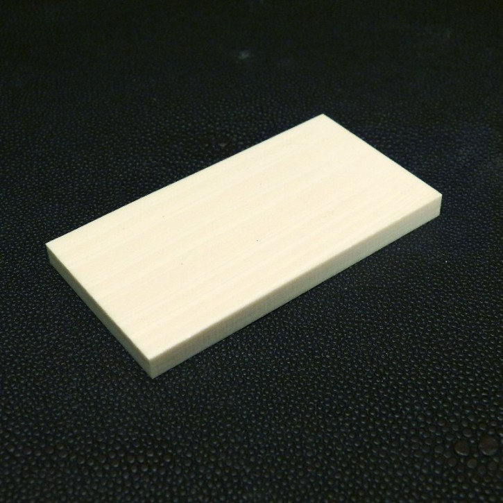 Kasein-Platte ca. 76x40x6mm