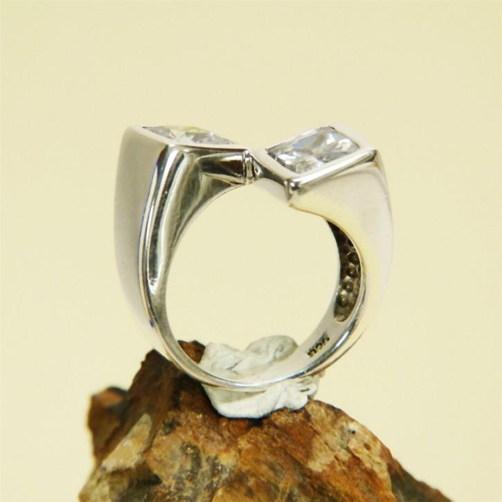 Silberring mit Zirkonia