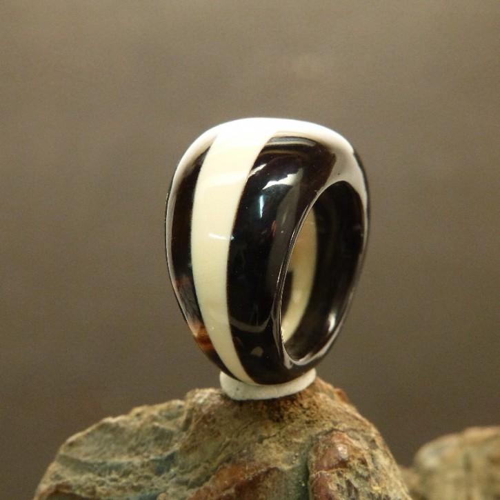 auffälliger Ring Horn/Mammut/Horn W18-19