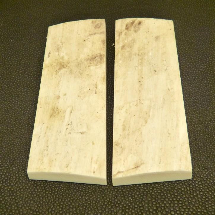 Schalenpaar mit Rinde ca. 90-97x31-35x8-13mm