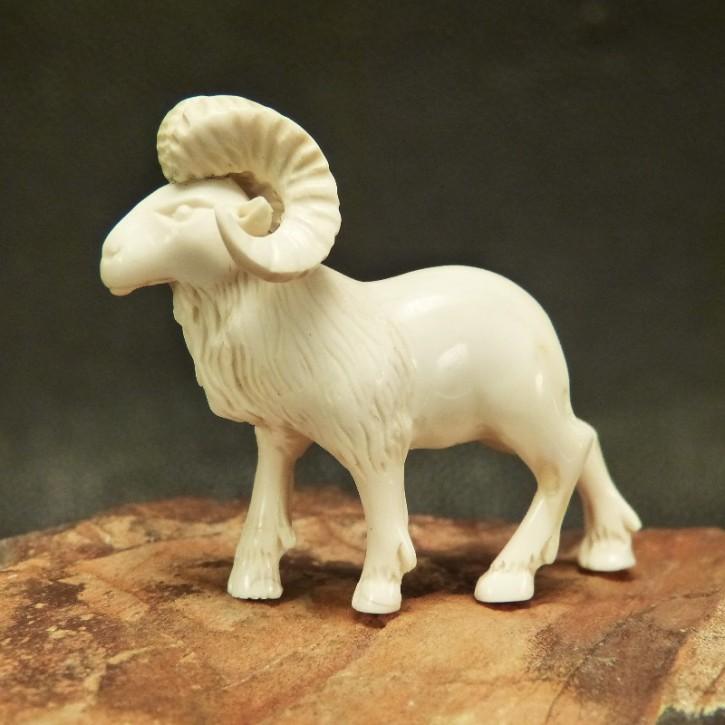Widder aus Mammut-Elfenbein