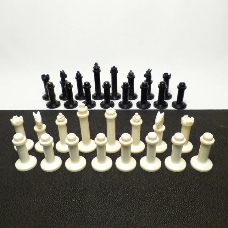 Schachfiguren Elfenbein/Horn