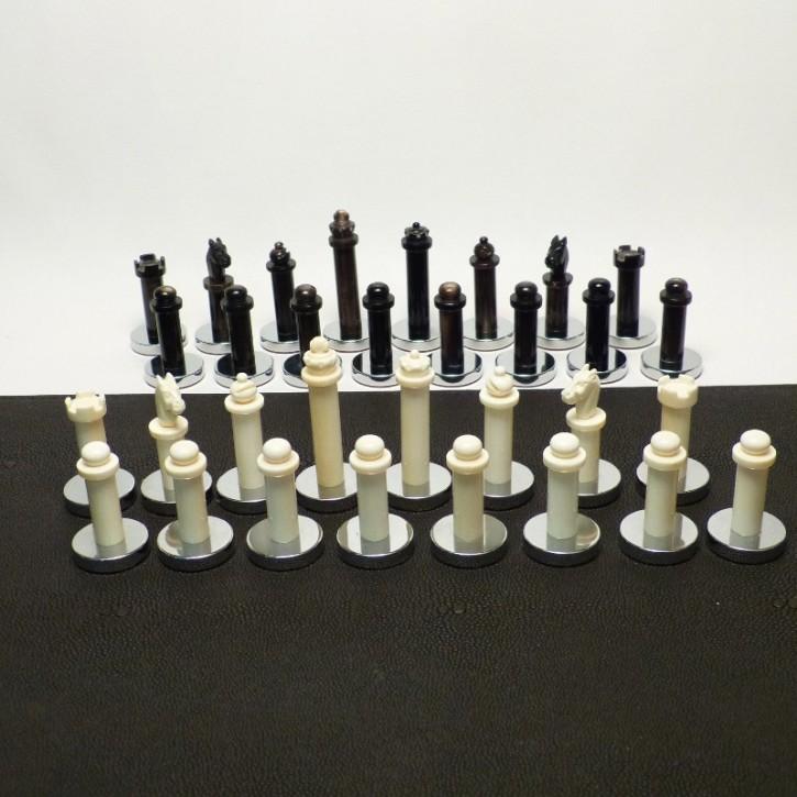 Schachfiguren Elfenbein/Horn mit Chromfuss