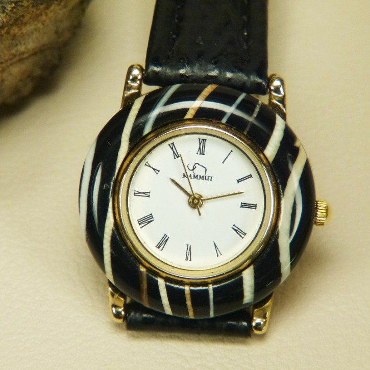 Armbanduhr mit Mammut streifig