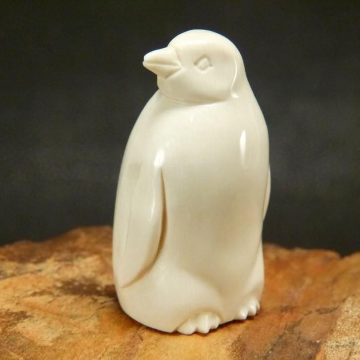 Pinguin aus Mammut-Elfenbein
