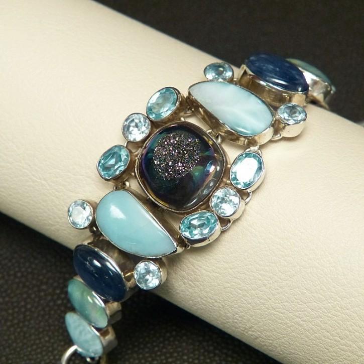 Silberarmband mit Opalen und Larimar