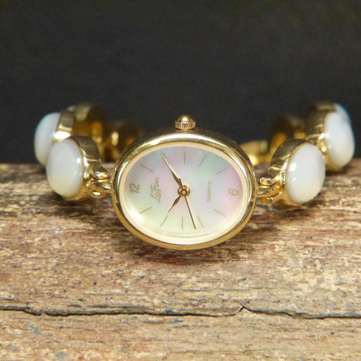 Armbanduhr mit Perlmutt