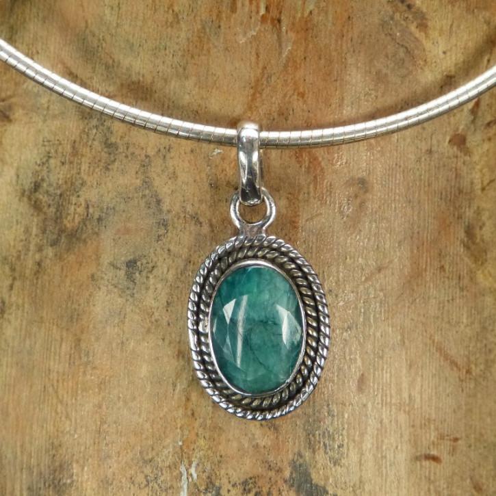 Silberanhänger mit Smaragd