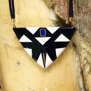 Dreieck-Collier mit Lapislazuli