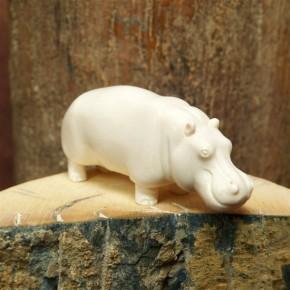 Flusspferd aus Mammutelfenbein