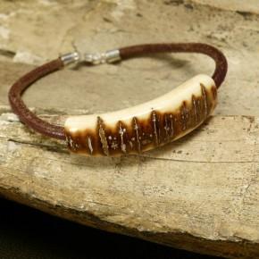 Mammut-Armband mit tollen Färbungen
