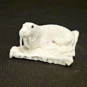 Walross aus Mammut-Elfenbein
