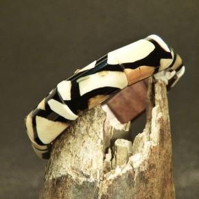 schmales Mammut-Armband mit schönen Färbungen