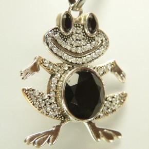"""Silberanhänger """"Frosch"""" mit Weißtopasen und Onyx"""