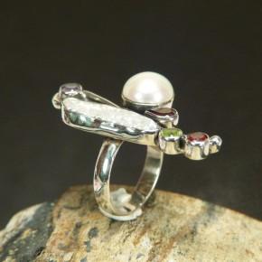 Silberring mit Perlen und echten Steinen W 17,5