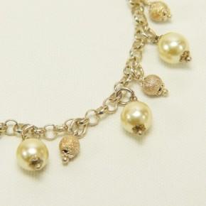 Silberarmband mit Perlanhänger