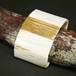 extrabreites Armband von der Mammutrinde