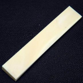 Mammut-Rindenplatte ca. 91 x 16,5 x 10 bis 2 mm