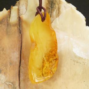 Naturbernstein-Anhänger milchig/Klar/geblitzt