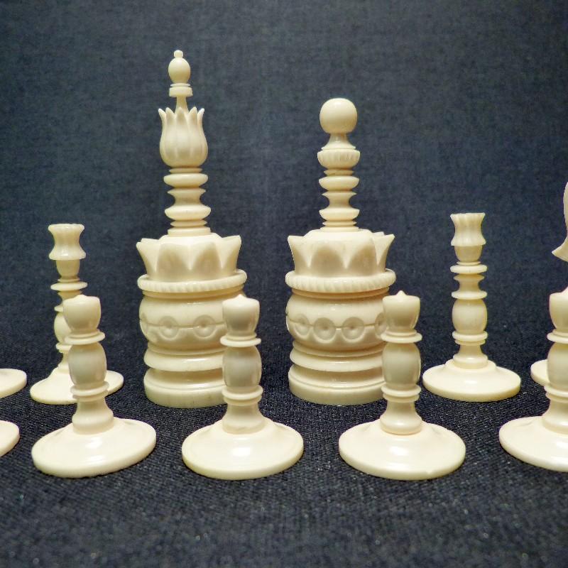 Schach Rot-weiß Bein3