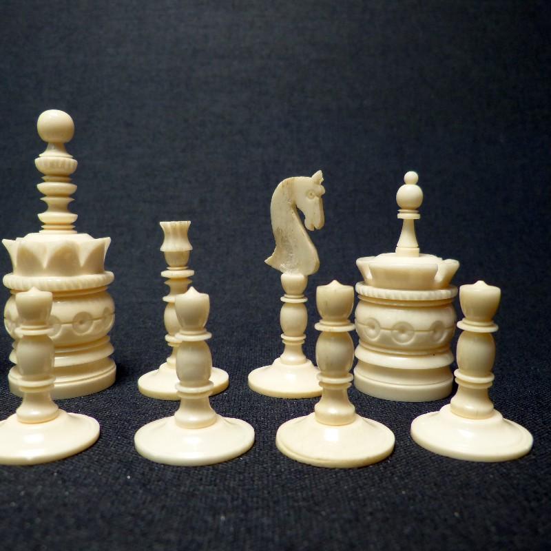 Schach Rot-weiß Bein6