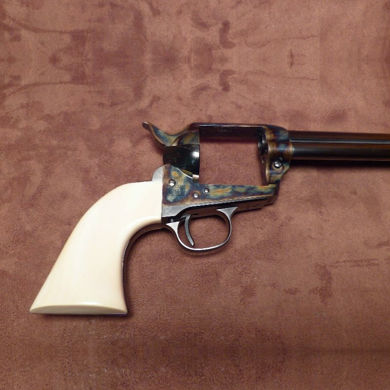 Colt1